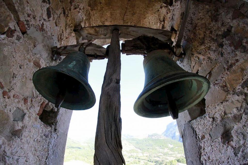 2020-iglesia-campana-1024×683